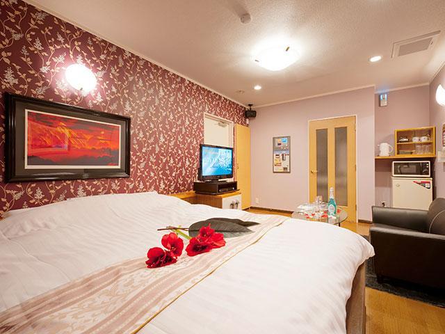 HOTEL MYTH Amour(�z�e�� �}�C�X �A���[��)